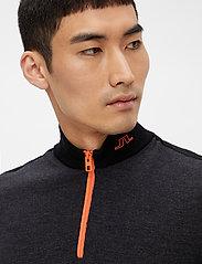 J. Lindeberg Golf - Zam Zipped Golf Sweater - half zip - black melange - 7