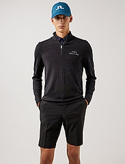 J. Lindeberg Golf - Max Zipped Golf Sweater - half zip - black melange - 0