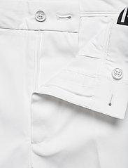 J. Lindeberg Golf - Eloy Golf Shorts - golf-shorts - white - 3