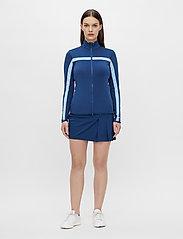 J. Lindeberg Golf - Seasonal Janice Mid Layer - golf jackets - midnight blue - 5