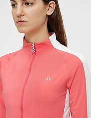 J. Lindeberg Golf - Marie Golf Mid Layer - golf jackets - tropical coral - 5