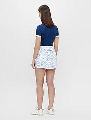 J. Lindeberg Golf - Amelie Golf Skirt Print - sports skirts - animal blue white - 4