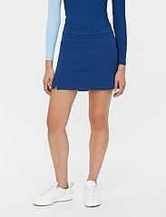 J. Lindeberg Golf - Amelie Mid Golf Skirt - sports skirts - midnight blue - 0