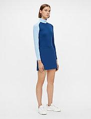 J. Lindeberg Golf - Amelie Mid Golf Skirt - sports skirts - midnight blue - 4