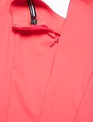 J. Lindeberg Golf - Jasmin Golf Dress - sportieve jurken - tropical coral - 6