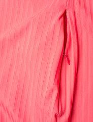 J. Lindeberg Golf - April Golf Dress - t-shirt dresses - tropical coral - 9