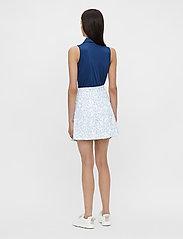 J. Lindeberg Golf - Adina Printed Golf Skirt - sports skirts - animal blue white - 5