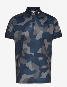 Tour Tech Reg Fit Print Polo - t-shirts - jl navy camo