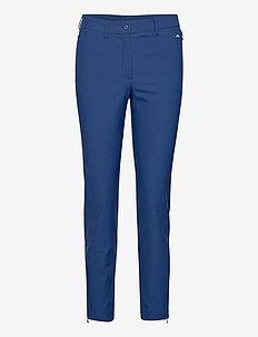 Dana Golf Pant - golfhosen - midnight blue