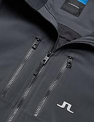 J. Lindeberg Ski - M Watson Jkt-Dermizax EV 2L - insulated jackets - asphalt black - 5
