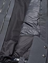 J. Lindeberg Ski - M Watson Jkt-Dermizax EV 2L - insulated jackets - asphalt black - 8