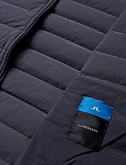 J. Lindeberg Ski - M Ease Hooded Liner-JL Down - down jackets - asphalt black - 7
