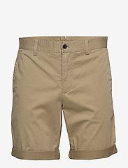 J. Lindeberg - Nathan-Super Satin - tailored shorts - covert green - 0