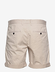 J. Lindeberg - Nathan-Super Satin - chinos shorts - cloud grey - 1