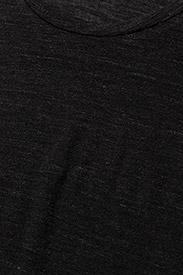 J. Lindeberg - Rhonda Wool Jersey - t-shirts - black mel - 2