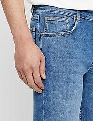 J. Lindeberg - Damien-Broken - skinny jeans - mid blue - 6
