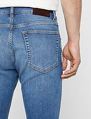 J. Lindeberg - Damien-Broken - skinny jeans - mid blue - 7