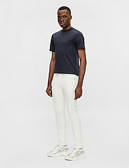 J. Lindeberg - Jay-Solid Stretch - skinny jeans - cloud white - 4