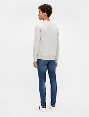 J. Lindeberg - Throw C-neck Sweatshirt - basic-sweatshirts - grey melange - 3