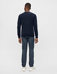 J. Lindeberg - Throw C-neck Sweatshirt - basic-sweatshirts - jl navy - 3