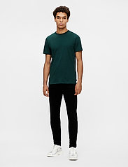 J. Lindeberg - Silo T-shirt - basic t-shirts - hunter green - 4