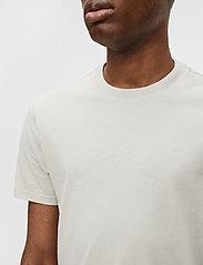 J. Lindeberg - Silo T-shirt - basic t-shirts - sand grey - 5