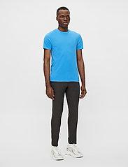 J. Lindeberg - Silo T-shirt - basic t-shirts - spring blue - 4
