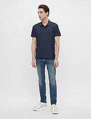 J. Lindeberg - Troy Polo Shirt Seasonal Pique - kurzärmelig - midnight blue melange - 4