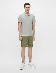 J. Lindeberg - Troy Polo Shirt Seasonal Pique - kurzärmelig - stone grey melange - 4