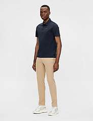 J. Lindeberg - Miles Jersey Polo Shirt - kurzärmelig - jl navy - 4