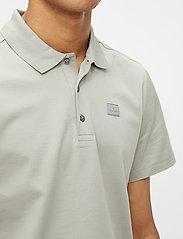 J. Lindeberg - Miles Jersey Polo Shirt - kurzärmelig - mid grey - 5