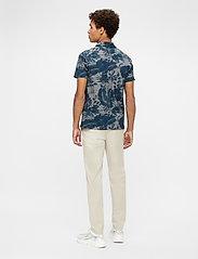 J. Lindeberg - Brand Printed Polo Shirt - kurzärmelig - jl navy - 3