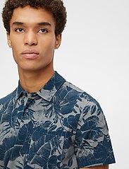 J. Lindeberg - Brand Printed Polo Shirt - kurzärmelig - jl navy - 5