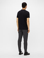 J. Lindeberg - Silo Logo T-shirt - kurzärmelig - black - 3