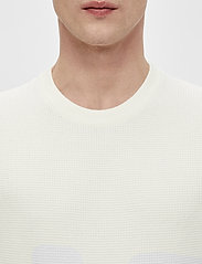 J. Lindeberg - Andy Structure C-Neck Sweater - basic-strickmode - cloud white - 5