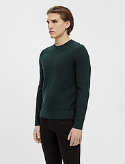 J. Lindeberg - Andy Structure C-Neck Sweater - basic-strickmode - hunter green - 0