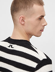 J. Lindeberg - Rico Striped Structure Sweater - rundhals - black - 6
