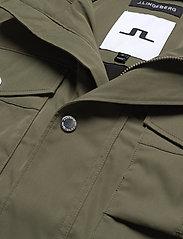 J. Lindeberg - Bailey Poly Stretch jacket - leichte jacken - lake green - 7
