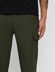 J. Lindeberg - Sasha cargo-Active wool - bojówki - covert green - 8