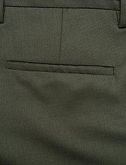 J. Lindeberg - Sasha cargo-Active wool - bojówki - covert green - 12