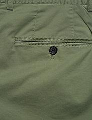 J. Lindeberg - Nathan-Super Satin - chinos shorts - sage green - 4