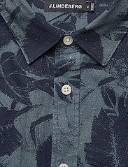 J. Lindeberg - Seasonal Print Reg Fit Shirt - leinenhemden - jl navy - 3
