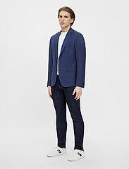J. Lindeberg - Hopper U Comfort Wool Blazer - single breasted blazers - midnight blue - 7