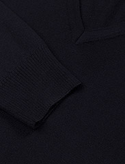 Lymann True Merino Knit