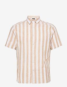 Linen Stripe SS Reg Fit Shirt - linneskjortor - sandcastle