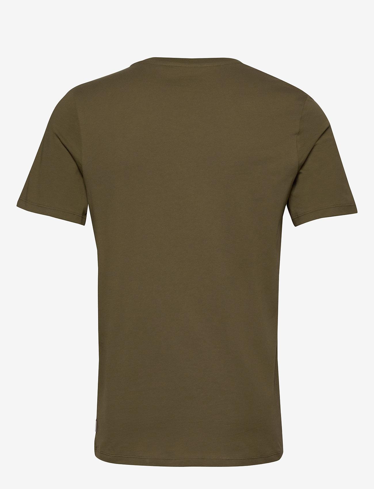 Jack & Jones - JJEPOCKET TEE SS O-NECK - basic t-shirts - olive night - 1