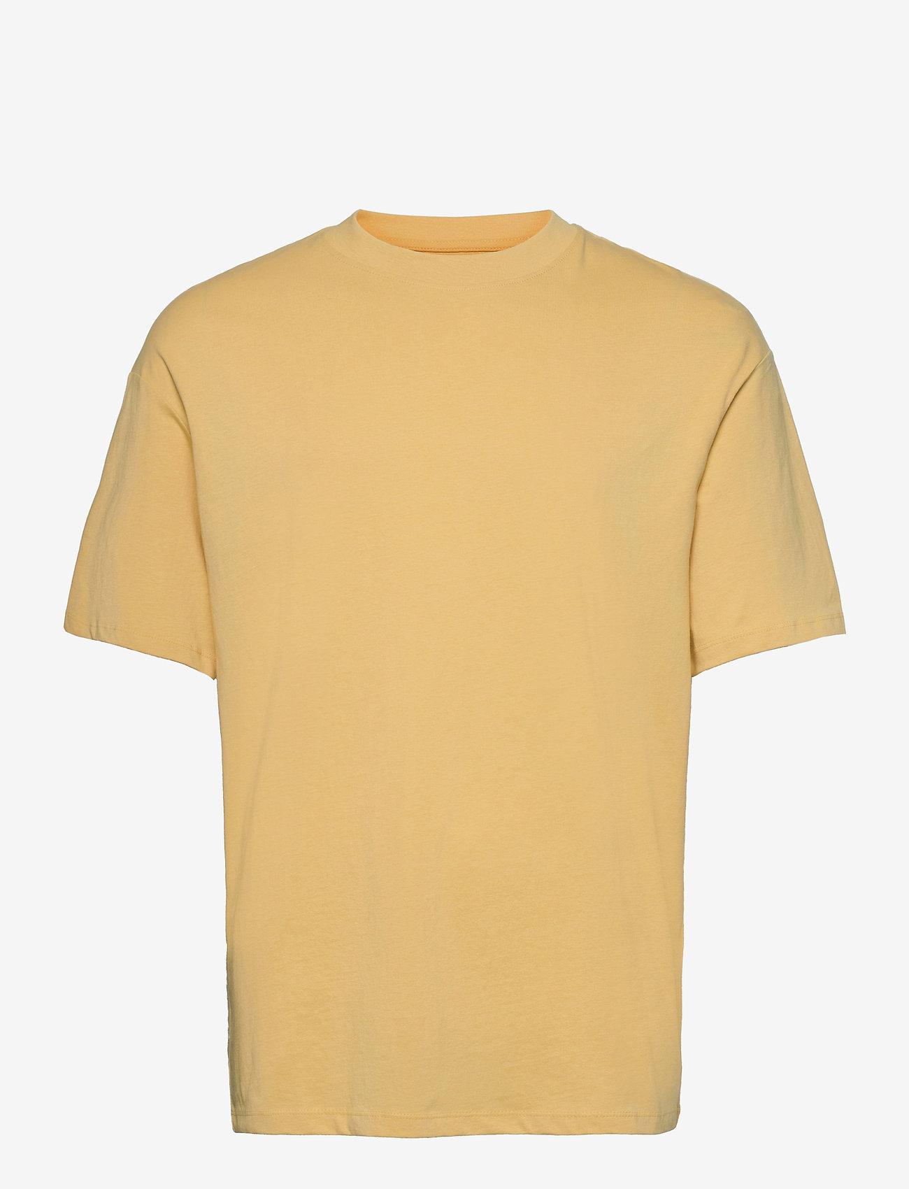 Jack & Jones - JORBRINK TEE SS CREW NECK - basic t-shirts - sahara sun - 0