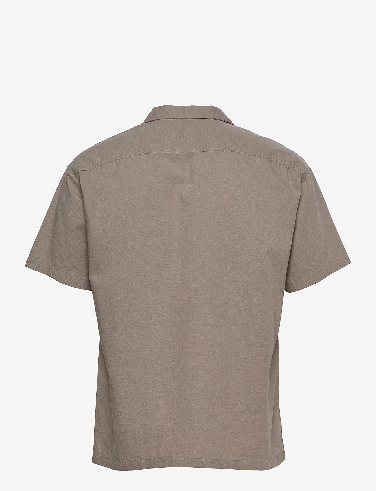 Jack & Jones - JPRBLASUMMER POCKET RESORT SHIRT S/S - basic skjortor - elephant skin - 1