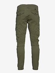 Jack & Jones - JJIPAUL JJFLAKE AKM 542 OLIVE NIGHT NOOS - cargobroek - olive night - 1