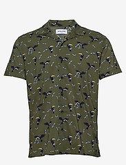 Jack & Jones - JORLUCAS AOP SHIRT SS SH - kortärmade skjortor - dusty olive - 0